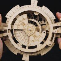 3D Holzpuzzle Ewiger Kalender LK-201 shop.holzpuzzle-3d.de Bild 5